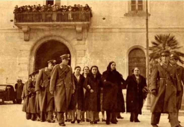 """Il 23 marzo 1950 San Severo, nella provincia di Foggia, è scenario di una rivolta. I cittadini urlavano """"pane e lavoro"""" negli anni di Scelba."""